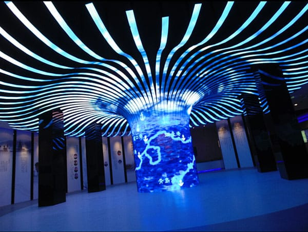 P3.91 Wonderful ultra-thin curved flexible rental LED video screen for large events