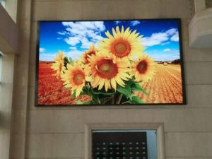 P2.5 high definition and high resolution indoor LED advertising screen video wall for rent